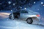snow car crash
