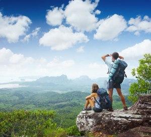 couple-hike